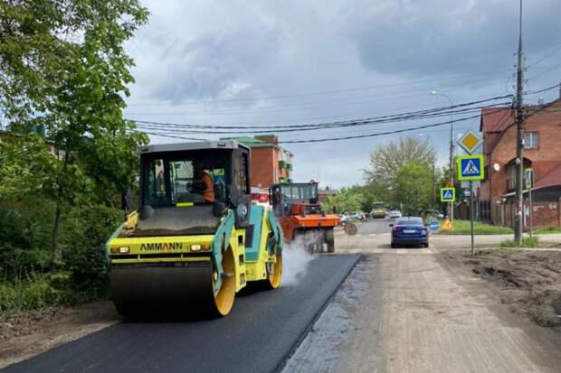 В Краснодаре ремонтируют еще одну улицу