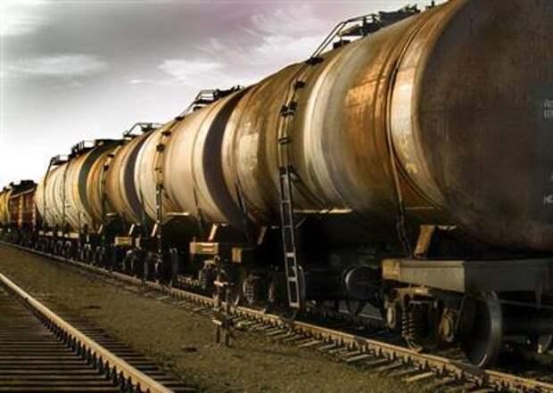 Минэнерго РФ планирует субсидировать перевозки топлива в ДФО для поддержки оптового рынка