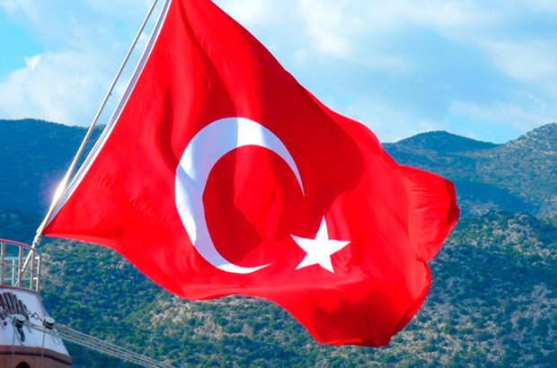 В Турции спасли трёх членов экипажа затонувшего российского сухогруза