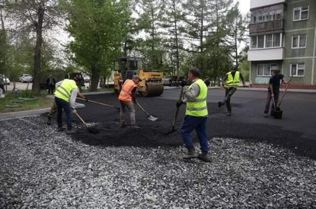 В 54 дворах Новосибирска начались благоустроительные работы