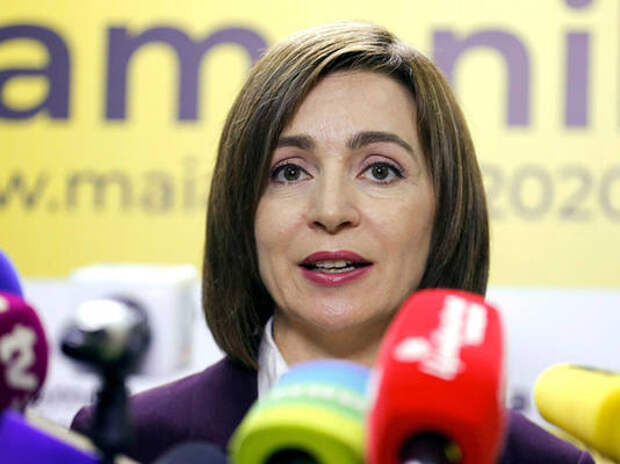 Президент Молдовы требует опустошить Резервный фонд