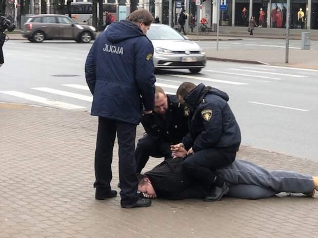 Латвийская «свобода»: сесть можно даже за историю