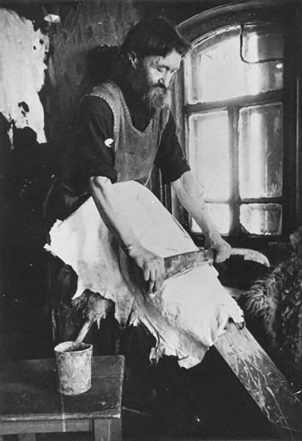 Как работали русские ремесленники в XX веке (ФОТО)