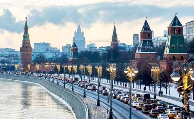 Россия вошла в зону политической турбулентности, или Три красных лампочки для Кремля