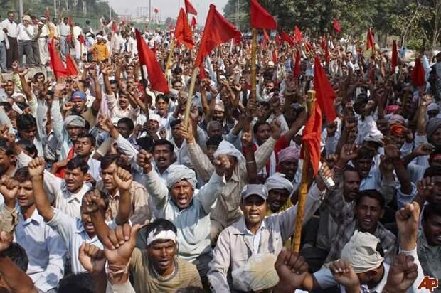 Крупнейшая забастовка в Индии.