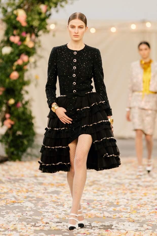Следуй модным трендам! Новая коллекция Chanel весна-лето 2021
