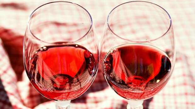 ВОЗ получила обвинения в сексизме из-за борьбы против женского алкоголизма