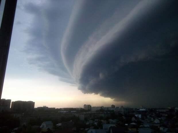 Полчища снеговых туч спрогнозировал синоптик в Москве предстоящей ночью