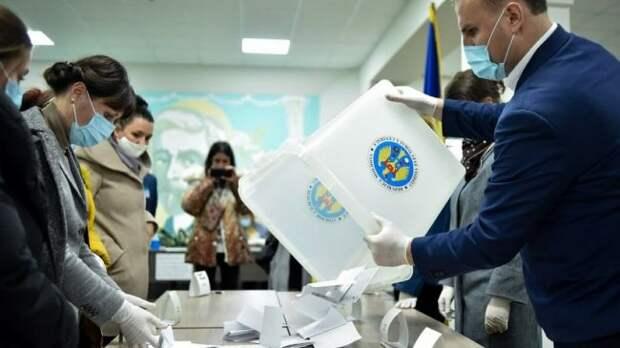 ВМолдавии ЦИК считает голоса напрезидентских выборах