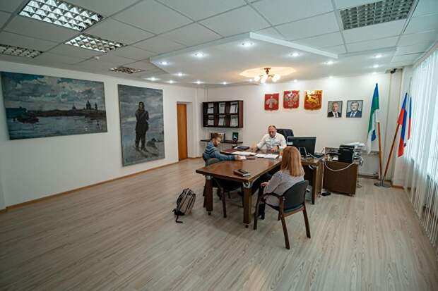В кабинете главы администрации Воркуты висят картины из музейного фонда. Самому музею, несмотря на огромное количество пустующих помещений, здание так и не нашли.