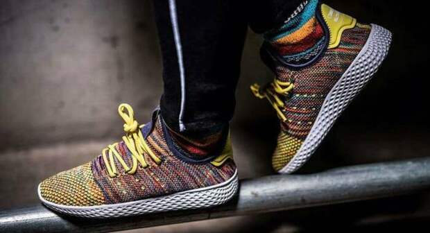 Кроссовки Pharell Williams x Adidas. \ Фото: stoneforest.ru.