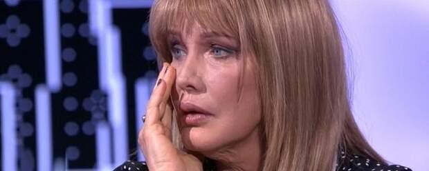 Елена Проклова заявила о домогательствах известного актера в детстве