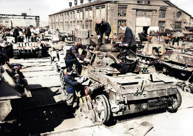 Как русские ремонтировали первые трофейные немецкие танки в боях 41-го года? От нехватки деталей до битв на сломанных танках