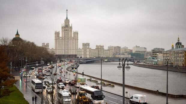 Французы поддержали решение России о внесении США и Чехии в список недружественных стран