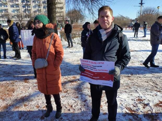 «Скорбящие» по Немцову либералы назвали его экс-губернатором Петербурга