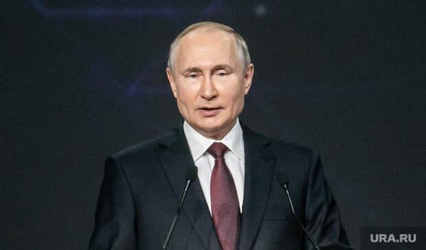 Путин назвал главную причину пожаров ипаводков вРоссии