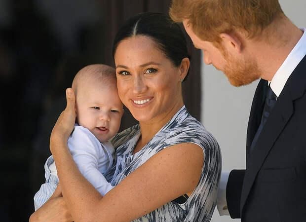 Принц Гарри и Меган Маркл представили новое фото сына Арчи