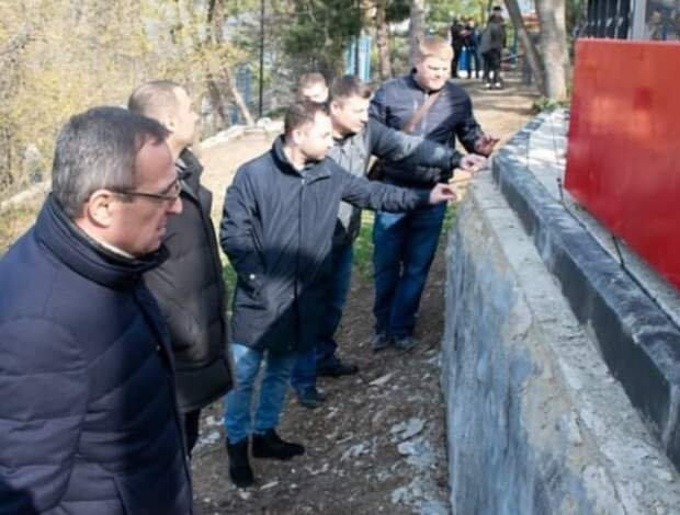В Ялте выявлены нарушения при благоустройстве парков и скверов