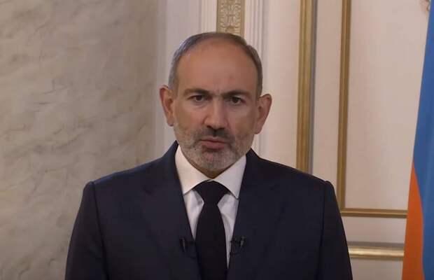 Вооруженные силы Армении выступили против премьер-министра Пашиняна