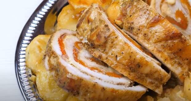 Горячее блюдо на праздничный стол. Мясной рулет на Новый год
