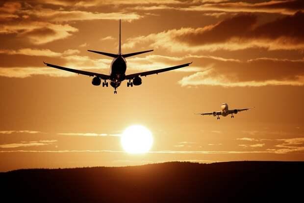 Самолёт из Крыма с проблемным шасси штатно сел в Шереметьево