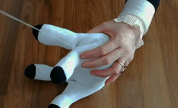 Таким необычным образом носки вы еще не использовали