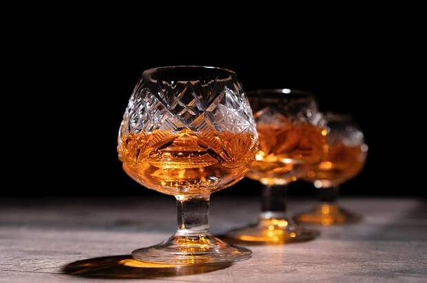 «Инвестиции в алкоголь: от раритетов Франции до Коктебеля»
