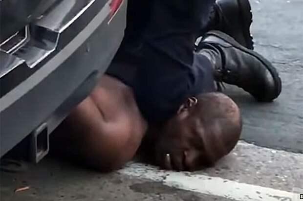 Причастным к гибели Флойда полицейским предъявили новые обвинения