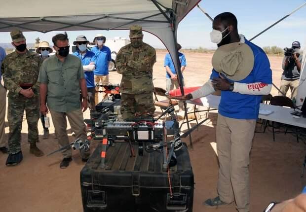 Как выбрать  эффективный способ борьбы с малыми  БПЛА? Армия США тестирует дроны-перехватчики на полигоне Юма