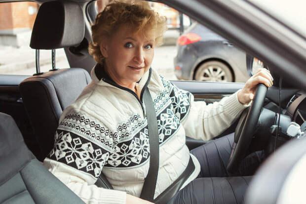 5 женщин рассказывают, почему решили стать водителями такси — и как после этого изменилась их жизнь