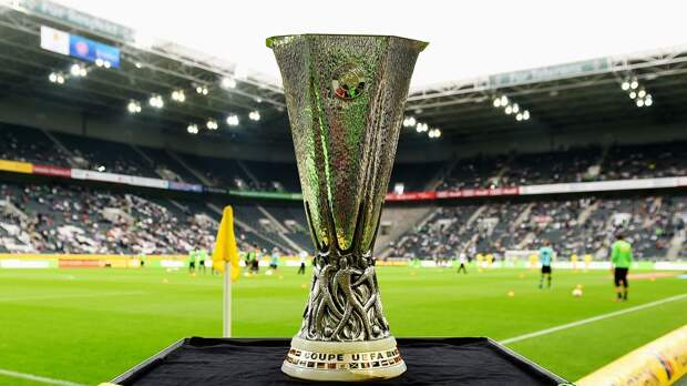 «Вильярреал» — «Манчестер Юнайтед»: букмекер рассказал, кого российские игроки считают фаворитом финала Лиги Европы