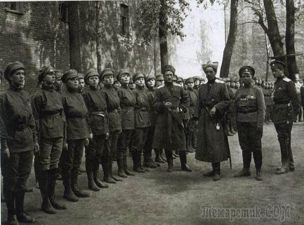 Как появились и исчезли женские батальоны смерти в России