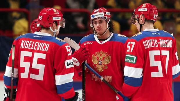 Форвард сборной России Швец-Роговой в меньшинстве забросил красивую шайбу в ворота чехов на ЧМ