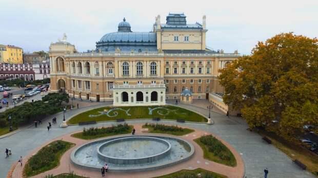 Как Кармен «помэрла» в хлеву: Мовное гестапо против Одесской оперы
