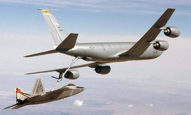 Неудачи по-американски: КС-46 оказался проблемным заправщиком