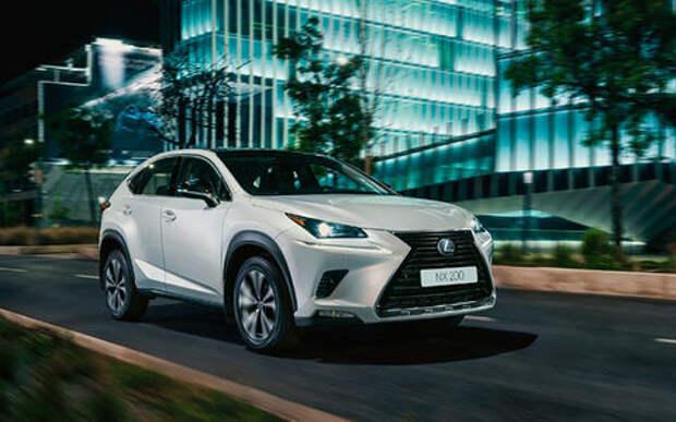 Lexus назвал российские цены на спецверсию кроссовера NX