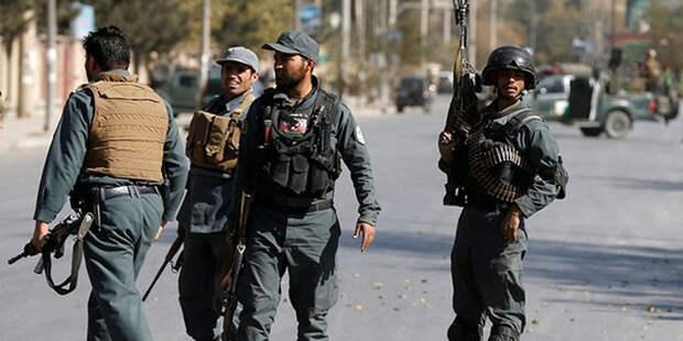 Талибы захватили шесть военных баз и пленили 100 военных – сводка боевых действий в Афганистане