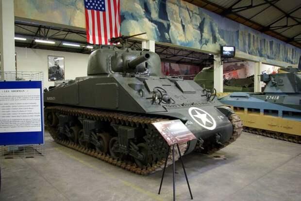 Гравий против снаряда. Экспериментальная навесная броня для танка M4 (США)