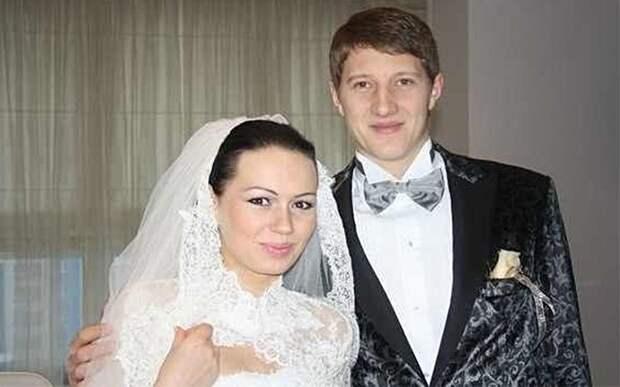 «Желаю ей не проживать жизнь своей мамы». Экс-вратарь ЦСКА — о своей бывшей жене