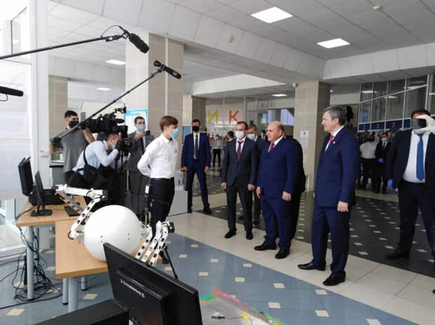 Премьер-министр РФ и губернатор Кубани оценили разработки молодых ученых КубГУ