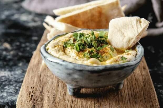 Хумус на скорую руку. \ Фото: milaclub.com.