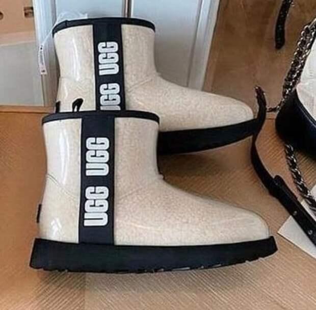 Хотите или нет, но угги - вновь модный тренд: как носить удобную обувь зимой-2021