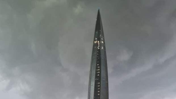 Сильная гроза обрушилась на Санкт-Петербург вечером 18 мая