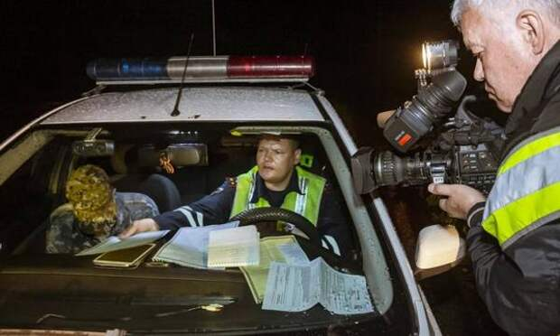 «Водителей даже арестовывают». Что начала делать ГИБДД