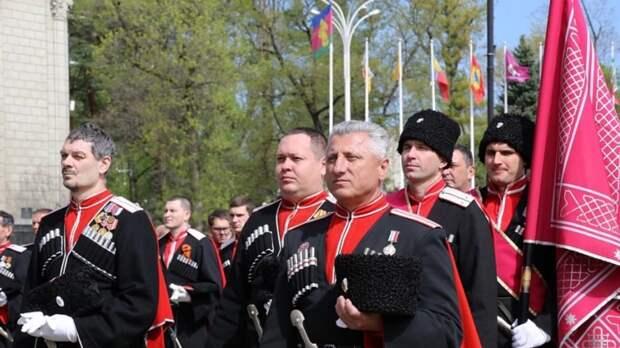 Движение в центре Краснодара перекроют из-за парада Кубанского казачьего войска