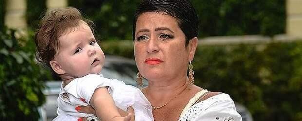 Жена Виторгана жестко ответила на критику их трехлетней дочки