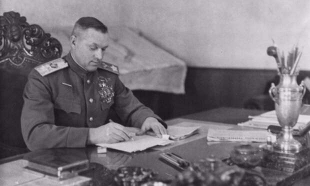 Почему Рокоссовский требовал отдать Польше Дрезден и Кёнигсберг