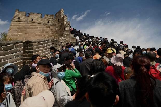 Китай возвращается к «нормальной жизни» после «победы надкоронавирусом»