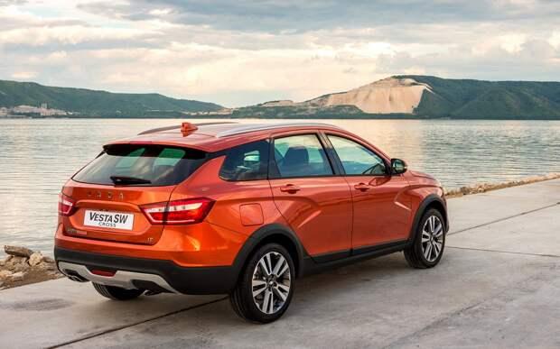 АвтоВАЗ вновь повысит цены на модели Lada