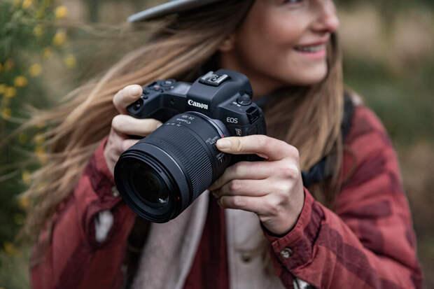 Летние скидки на камеры Canon: открой источник ярких воспоминаний!